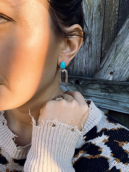 TURQUOISE ANCIENT LINES STUD EARRINGS