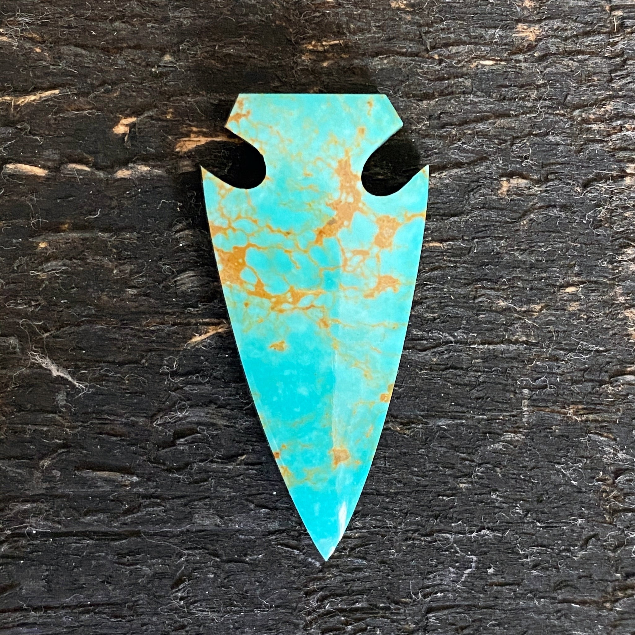 TURQUOISE ARROWHEAD NECKLACE - FOUR