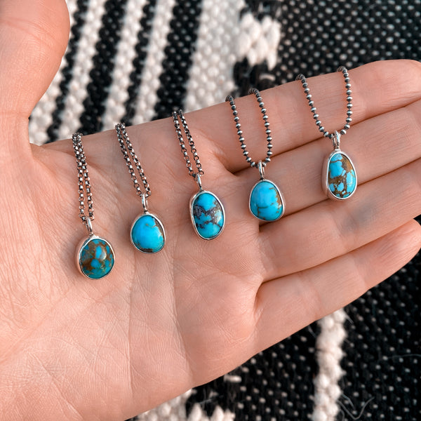 SIMPLE TURQUOISE NECKLACE - NO. 1
