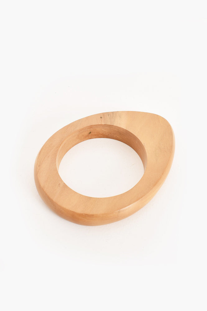 Uneven Curved Timber Bangle (Tan)