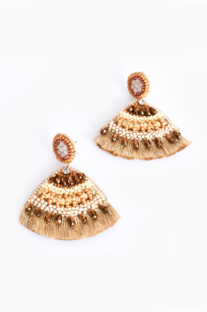 Curved Beaded Fringe Earrings (Cream/Gold)