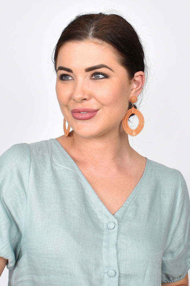 Natural Weave Button Top Earrings (Toffee)