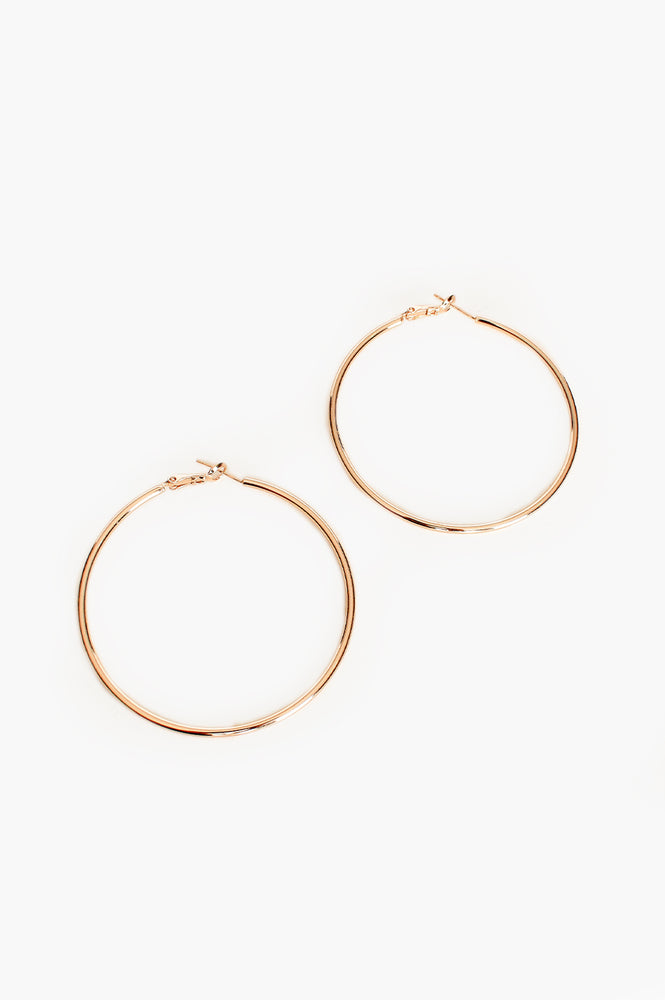 Medium Essential Hoop Earring (Gold)