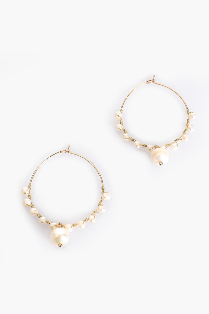 Mini Freshwater Pearl Drop Hoop Earrings (Gold/Cream)
