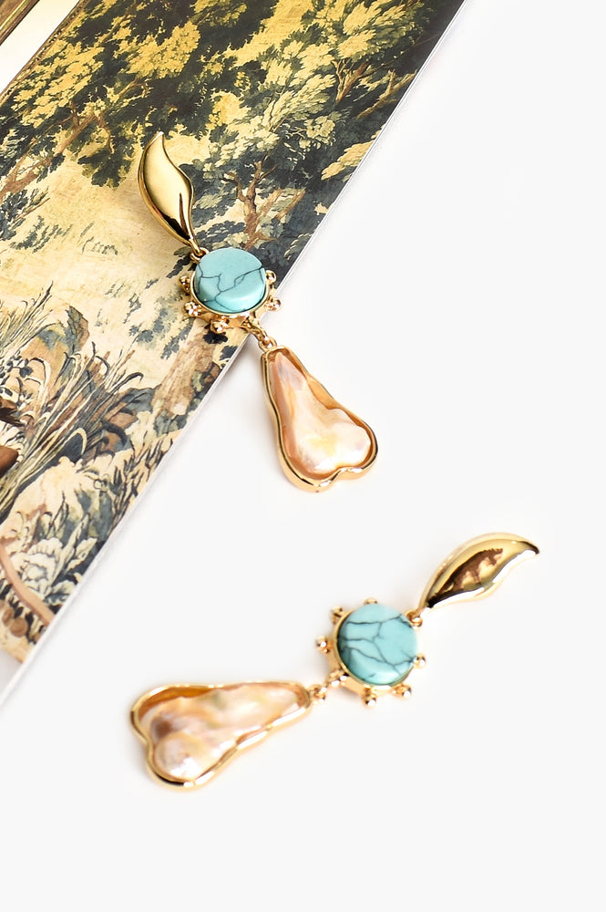 Turquoise Ball Edge Shell Drop Earrings (Gold/Turq)