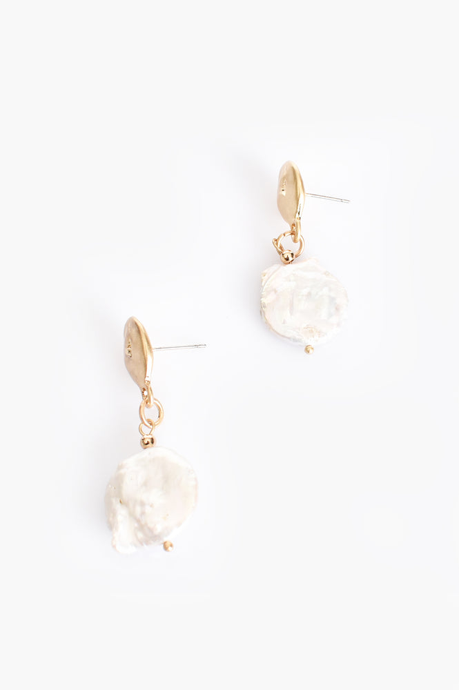 Button Pearl Drop Earrings (Cream/Gold)