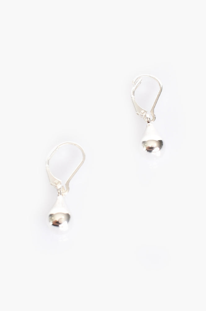French Hook Tiny Teardrop Earrings (Silver)