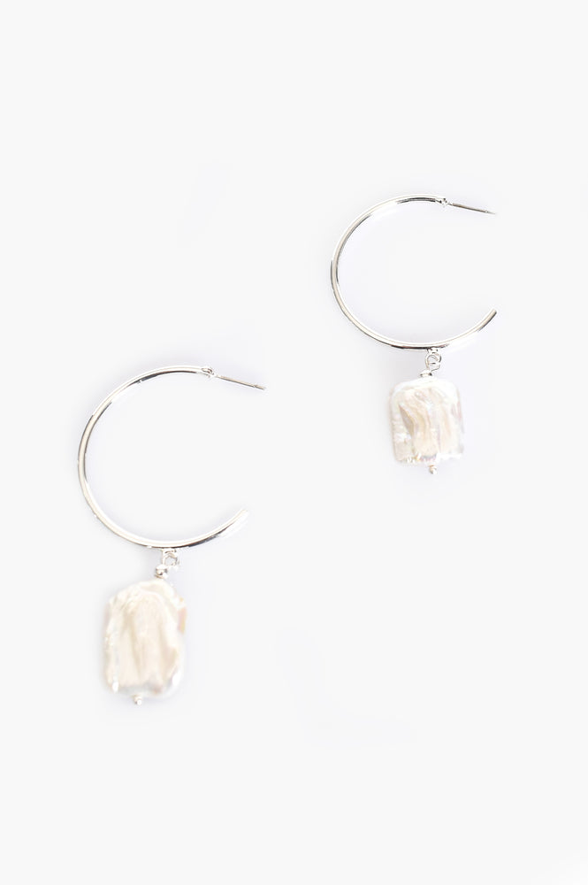 Freshwater Pearl Drop Hoop Earrings (Cream/Silver)