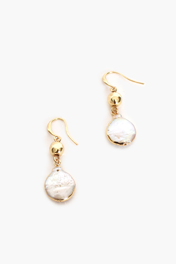 Edged Pearl Hook Earrings (Gold/Cream)