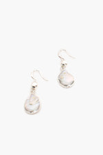 Edged Pearl Hook Earrings (Silver/Cream)