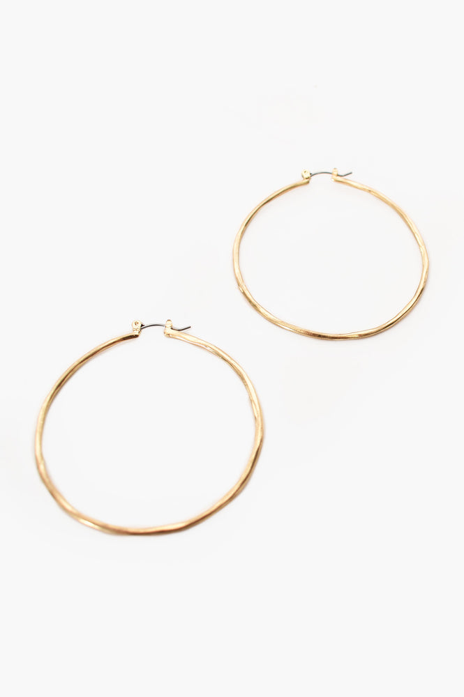 Fine Beaten Hoop (Gold)