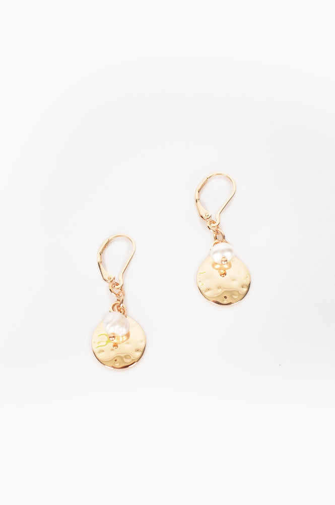 Pearl Disc Hook Earrings (Gold/Cream)