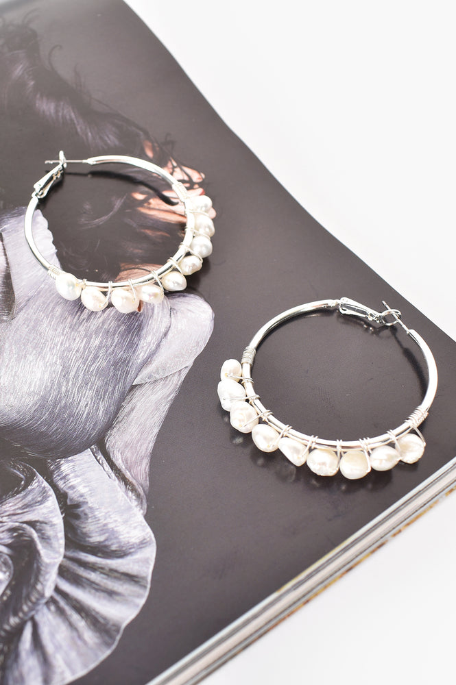 Wired Freshwater Pearl Hoops (Silver/Cream)