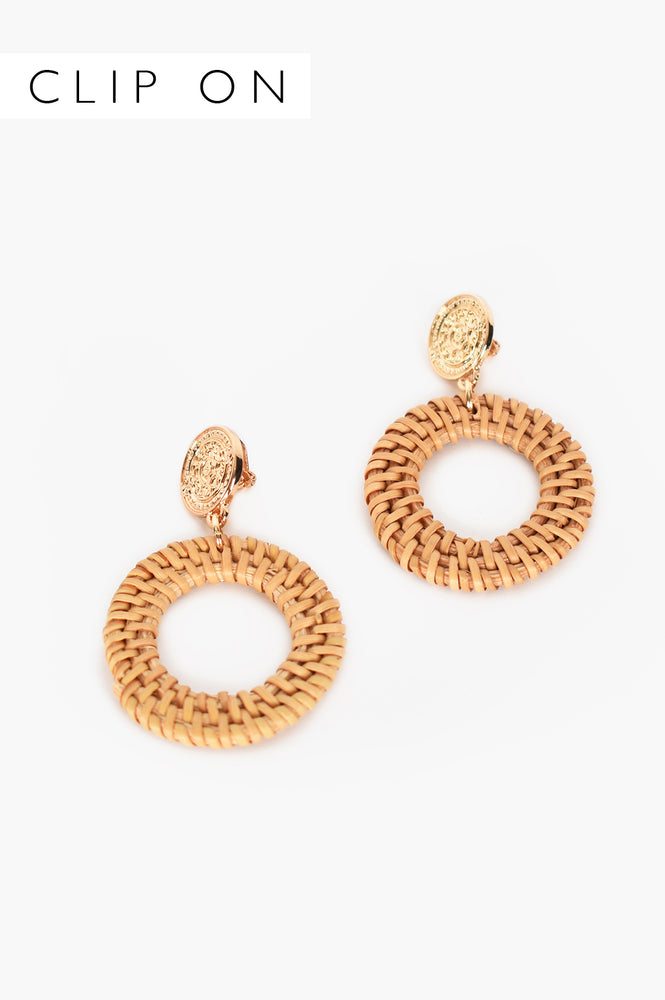 Roman Disc Top Rattan Clip On Earrings (Tan)