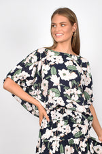 Pippa Unstructured Top (Navy Floral)