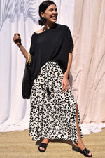 Abstract Animal Tie Detail Skirt (White/Black)