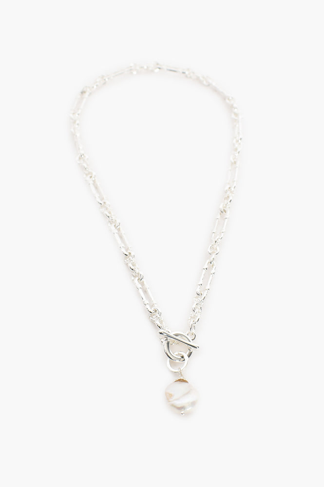 Vintage Chain Pearl Drop Necklace (Silver/Cream)
