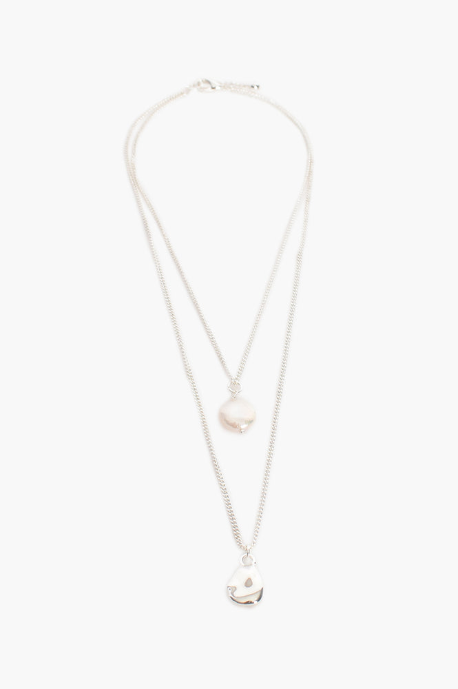 Cast Pearl Fine Layer Necklace (Silver)