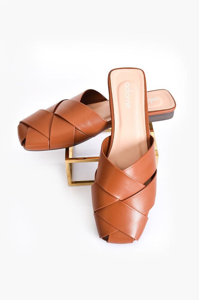 Ellie Tan Plait Slide (Tan)