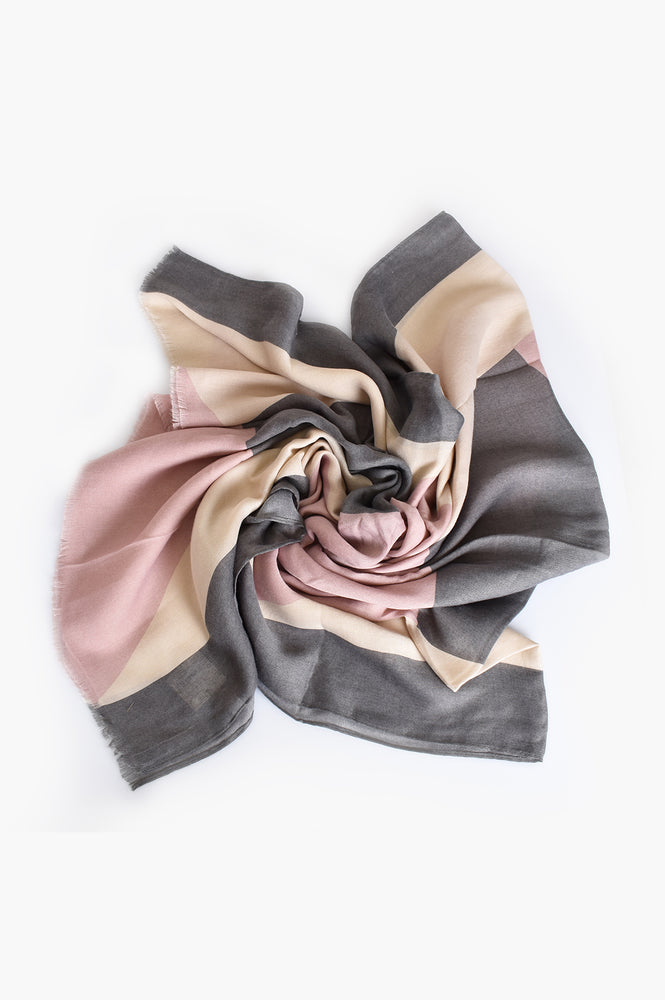 Abstract Rectangle Print Scarf (Grey/Pink)