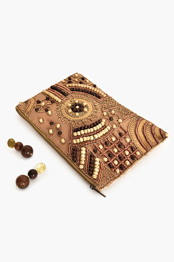 Patterned Bead Front Zip Top Clutch (Mocha/Gold)