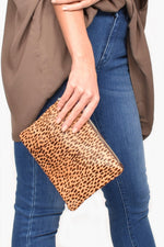 Hide Front Vegan Suede Back Pouch (Cheetah/Chocolate)