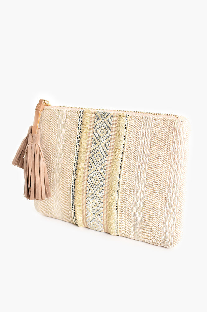 Natural Braid Detail Faux Suede Tassel Clutch (Natural)
