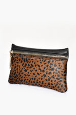 Hide Zip Front Rectangle Purse (Leopard/Tan)