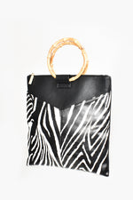 V Front Cane Handle Tote Bag (Black/Zebra)