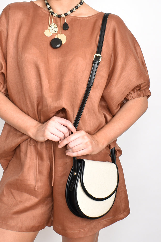 Weave Flap Over Small Saddle Bag (Natural/White)