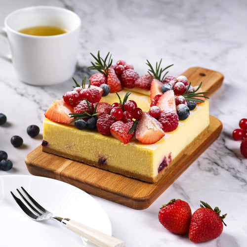 Mixed berries cheese cake