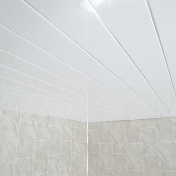 Gloss White & Chrome Bathroom Panels Ceiling Cladding PVC Boards 2.6m Long - Claddtech