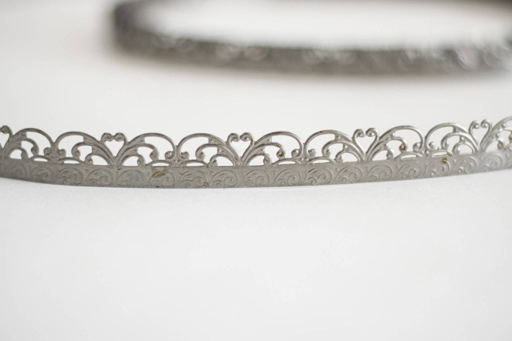 Metal lace and filigree scroll banding