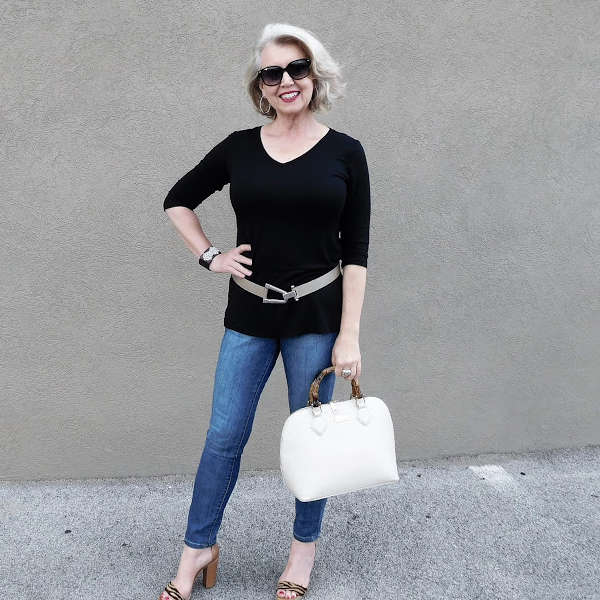 How to Pose - By Susan, from Fifty, not Frumpy