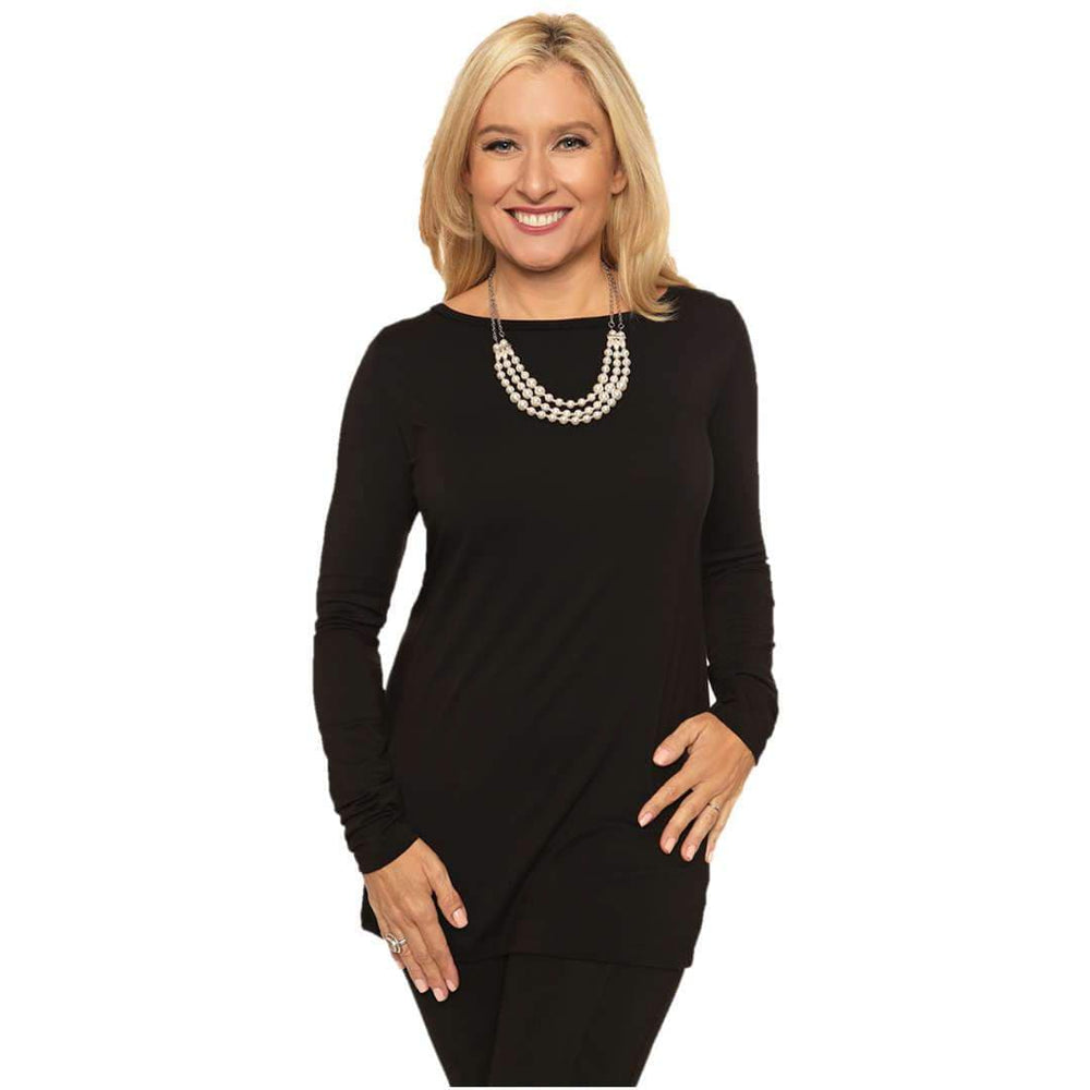 Long sleeved boat neck women's top in black