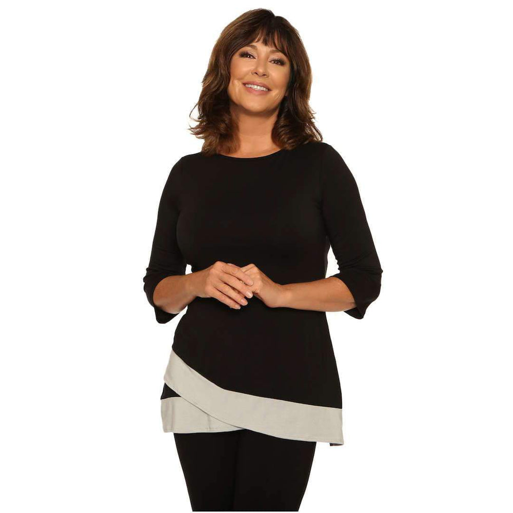 Women's top that looks great with a black pencil skirt