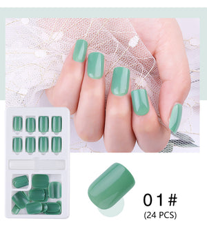 Pickable Wearable Manicure