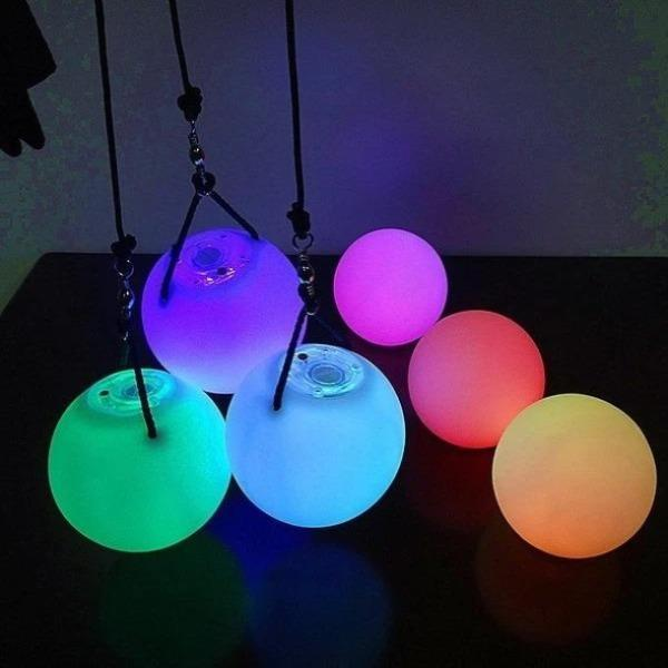 (BUY 2 FREE SHIPPING)Multi-Coloured Glow LED Balls With Cord
