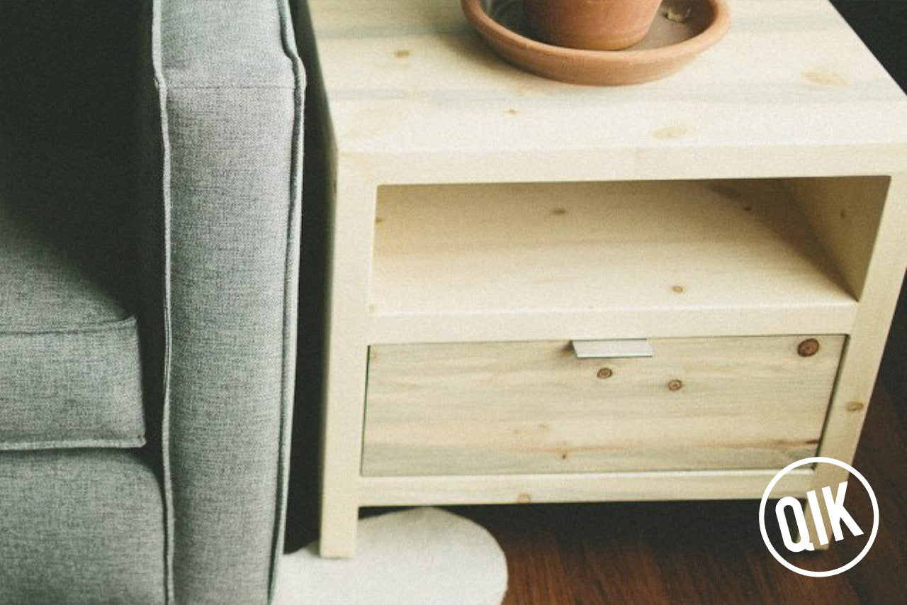 The Windom End Table | Beetle Kill Pine