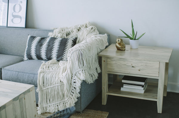 The Blanca End Table