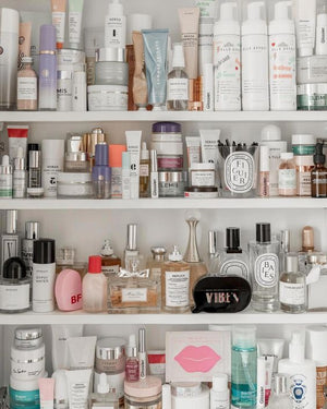 SPRING CLEANING: Why It's Time To Get Rid Of The Old Products In Your Cabinets!|www.thetressclub.com