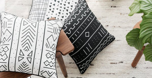 Fashionable Black and White Decorative Pillow Case