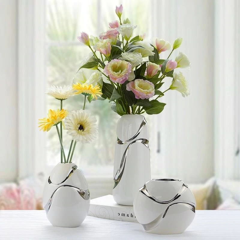 Modern Minimalist Ceramic Vase - Hansel & Gretel Home Decor