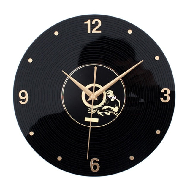 Retro Rustic Wall Clock Hannah Model - Hansel & Gretel Home Decor