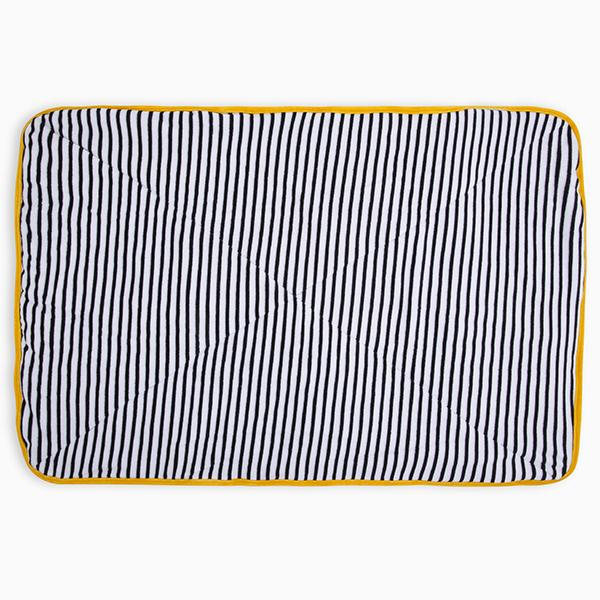 STRIPES N'DOTS VELVET BLANKET