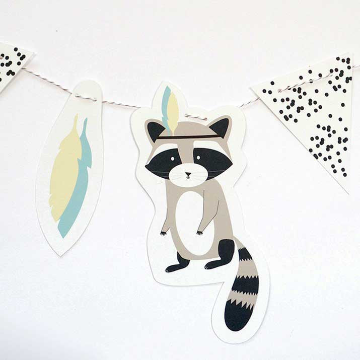 Green and Paper Indian Raccoon garland