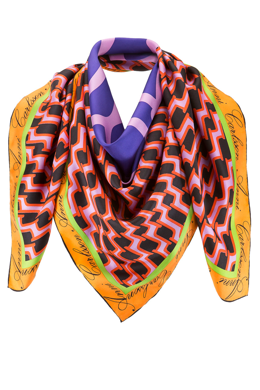 The Sylvie Classic Scarf