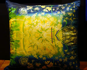 Cushion - Silk cover (large)