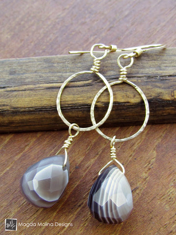 The Delicate Hammered Gold Ring And Faceted Agate Drop Earrings