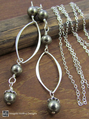 The Delicate Chain Lariat With Silver Leaves And Pyrite Stones